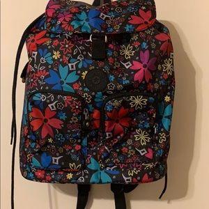 Kipling floral nylon backpack 🎒